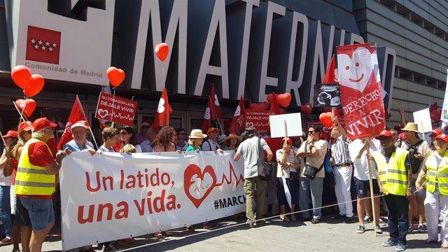 Marcha por la vida en la Maternidad de Madrid