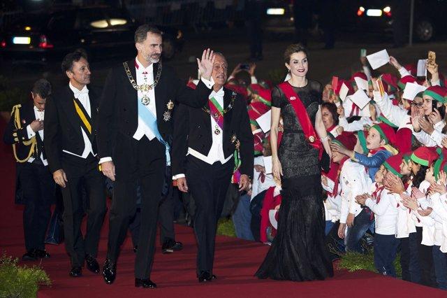 Los reyes felipe y letizia en portugal