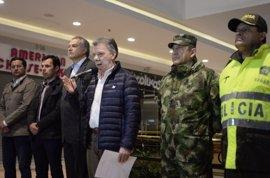 Santos asegura que el atentado no frenará el proceso de paz en Colombia