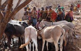 El agua da poder y voz a las mujeres en el norte árido de Kenia