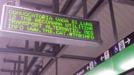 La huelga de Metro causa aglomeraciones en las estaciones de La Sagrera y Sagrada Família