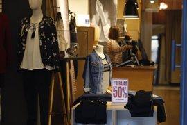 La campaña de rebajas de verano generará 1.300 empleos en Baleares
