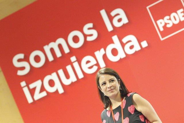 Adriana Lastra visita las instalaciones donde se celebra el Congreso del PSOE