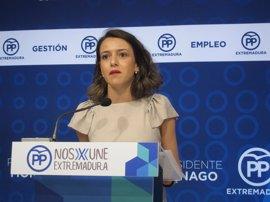 """El PP acusa a Vara de poner """"precio a Extremadura"""" con su apoyo al concepto de plurinacionalidad"""
