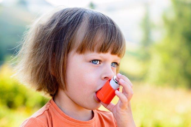 Las leyes antitabaco han reducido los ataques de asma en niños