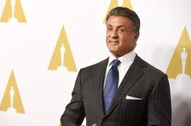 Sylvester Stallone llora la muerte de John G. Avildsen, el director de 'Rocky'