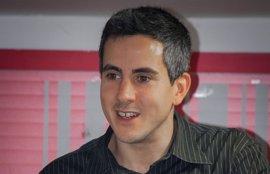 Zuloaga presenta en Torrelavega su candidatura a las primarias