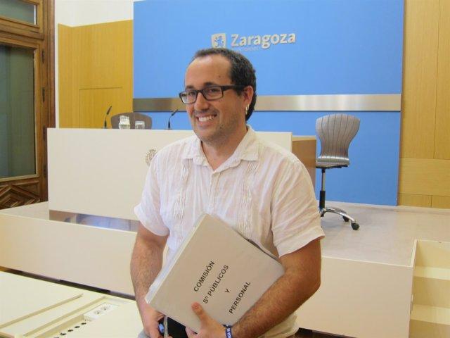 El consejero de Servicios Públicos y Personal, Alberto Cubero, en Ayuntamiento