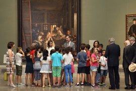 Los Reyes, espectadores y protagonistas de 'Las Meninas' en el tercer aniversario de la proclamación de Felipe VI