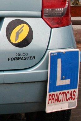 Coche de autoescuela del grupo Formaster