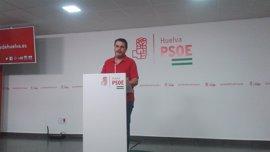 """El PSOE respalda al alcalde de Bollullos y pregunta al PP-A si aprueba una moción """"apoyada en una imputada"""""""