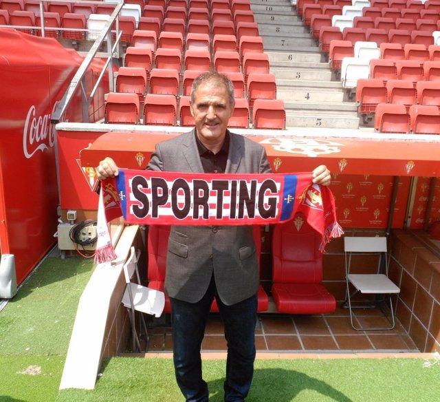 Paco Herrera, entrenador del Sporting de Gijón