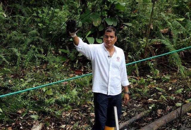 El presidente ecuatoriano, Rafael Correa, en la campaña contra Chevron.