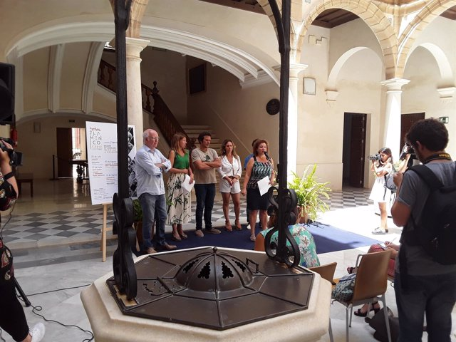 Presentación de los conciertos entre Fundación Cajasol y Ayuntmiento de Cádiz