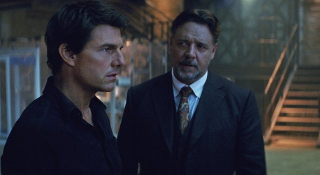 Tom Cruise y Russell Crowe en La Momia