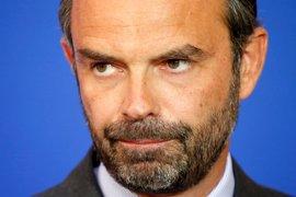 El primer ministro francés presenta la dimisión de su Gobierno, una formalidad tras las elecciones