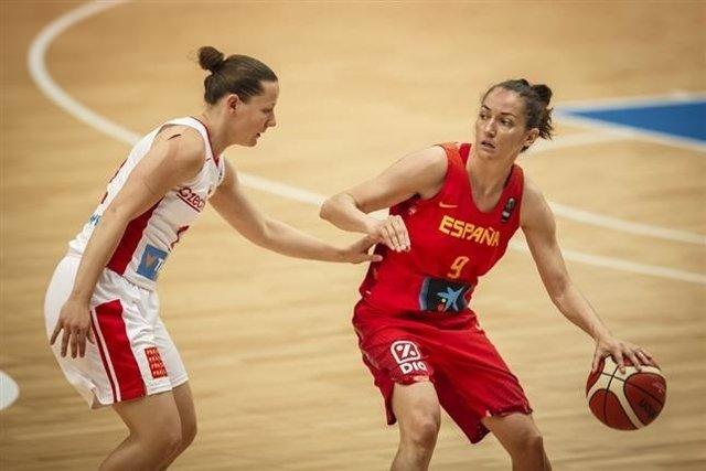 Laura Nicholls selección española femenina baloncesto Eurobasket República Checa