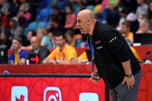 Lucas Mondelo selección española femenina baloncesto Eurobasket