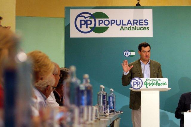 Juanma Moreno presidente del PP Andalucía foro andaluz del agua