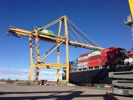 Las exportaciones en Canarias aumentan un 51,4% en el primer cuatrimestre, la segunda mayor subida del país