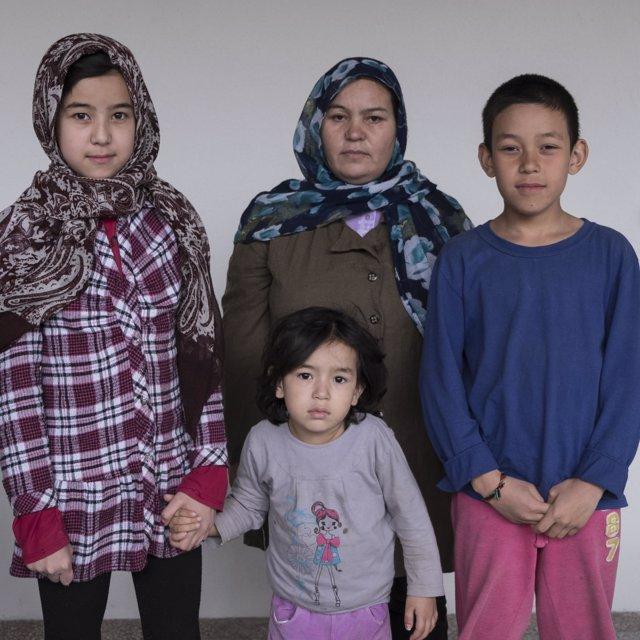 Familias de refugiados en Grecia