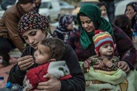 Más de 26.000 niños refugiados continúan atrapados en los Balcanes y en Grecia, según Save the Children