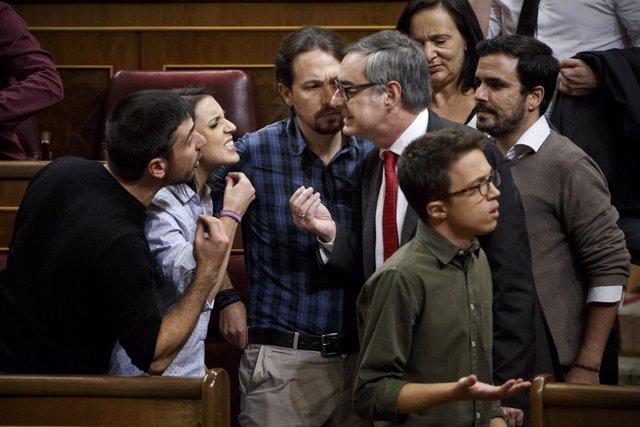 """""""Bronca"""", Foto Premiada Por La Asociación De Periodistas Parlamentarios"""