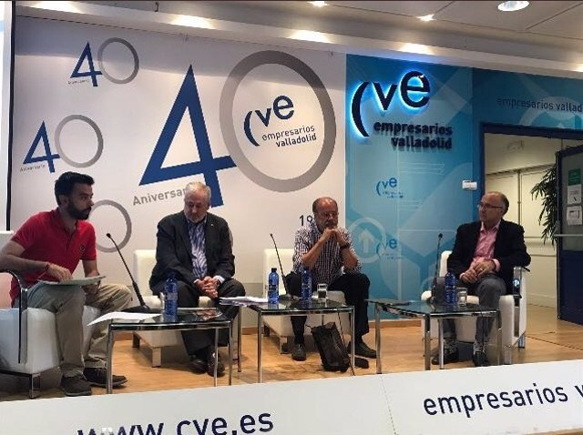 Debate sobre el período 1997-2015 con Manuel Soler, De la Riva y Ruiz Medrano