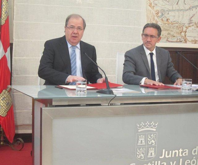 Valladolid. El presdiente de la Junta y delegado de La Caixa