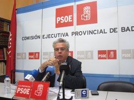El PSOE recalca a Podemos que sigue apoyando el CETA y lo vota en el Congreso
