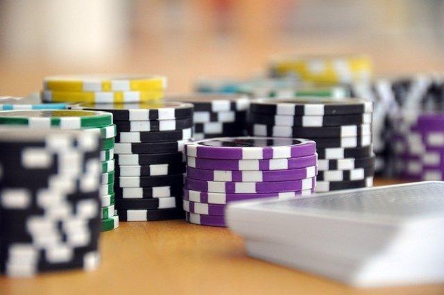 Póquer, apuestas