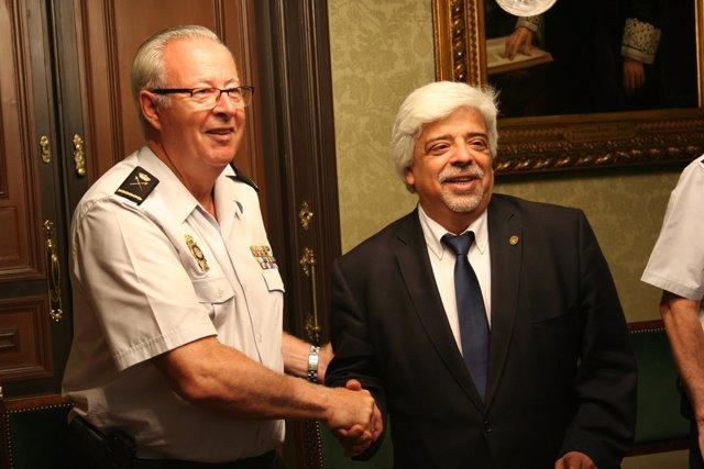 Sebastián Trapote y Oriol Rusca después de firmar el convenio