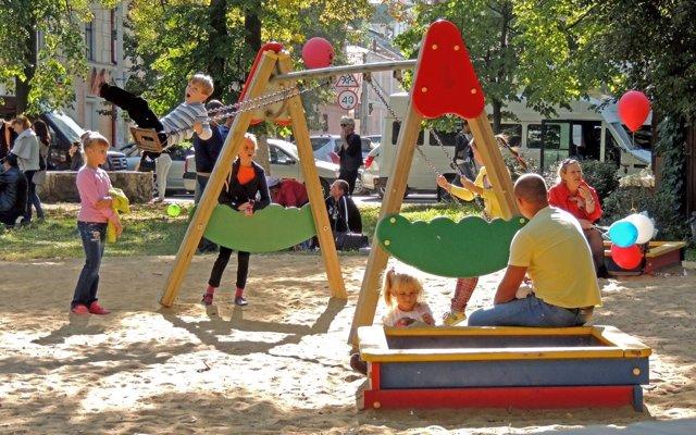 ¡Vamos al parque infantil! Pautas para padres primerizos