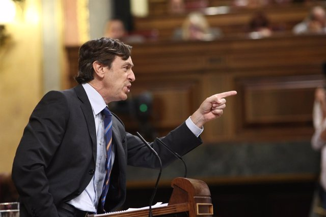 Rafael Hernando en el debate de la moción de censura