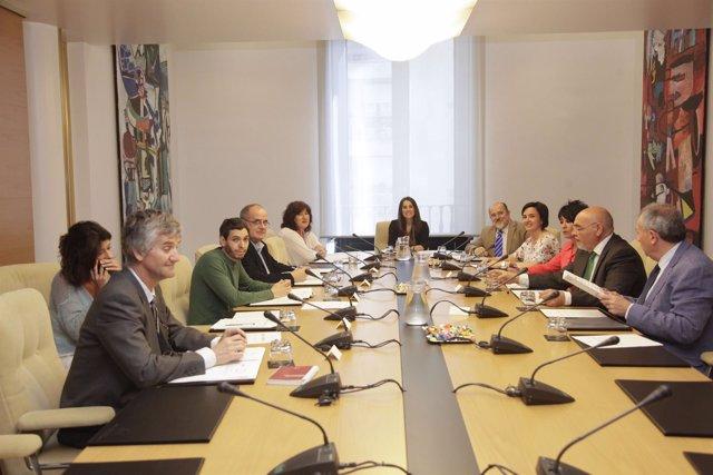 La Junta de Portavoces aprueba una declaración institucional