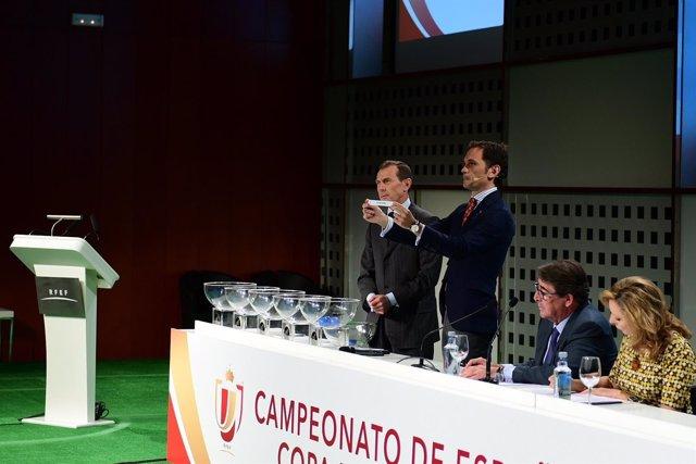 Emilio Butragueño, en el sorteo de la copa del rey