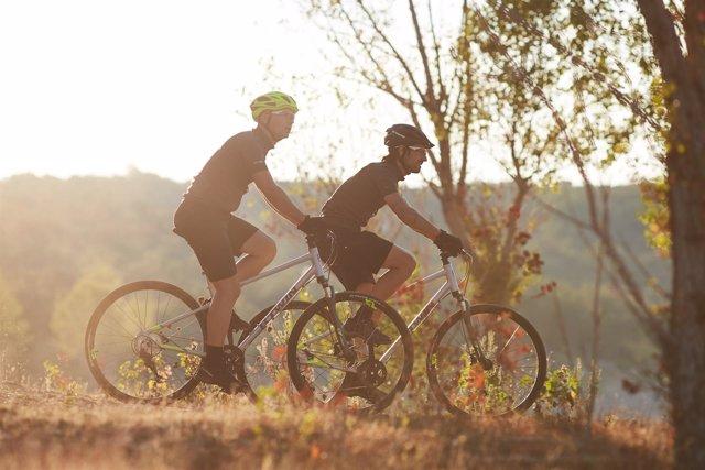 Riverside 900, el modelo de Decathlon para el Camino de Santiago