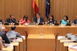 Pedro Sánchez cita a los sindicatos el lunes en Ferraz para hablar de pensiones y medidas para los jóvenes