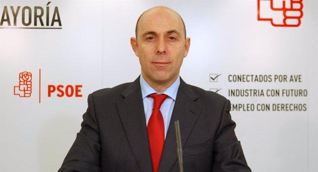 Félix Caperos