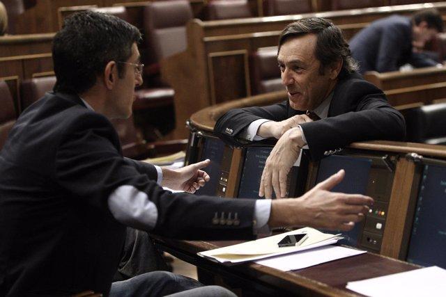 El socialista Eduardo Madina y el portavoz adjunto del PP, Rafael Hernando
