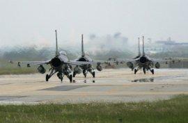Rusia intercepta dos aviones de reconocimiento de EEUU en el Báltico