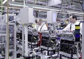 La facturación de la industria cae un 0,9% y los pedidos un 5,9%
