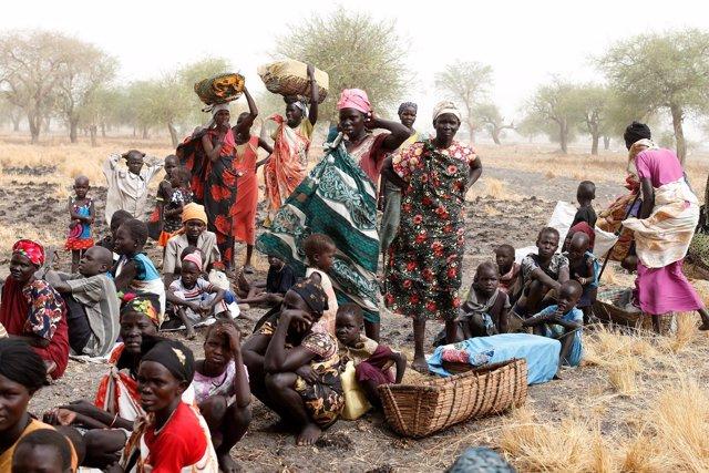 Mujeres y niños desplazados en Sudán del Sur