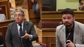 """ERC pide la dimisión de Zoido por """"miserable"""" y el ministro insiste en negociar temas de seguridad con Cataluña"""