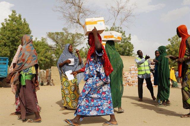 Mujeres desplazadas con ayuda del PMA en Banki