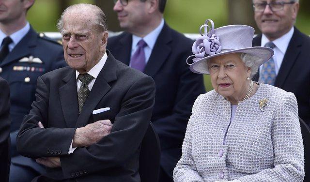 El Príncipe Felipe y la reina Isabel II de Inglaterra