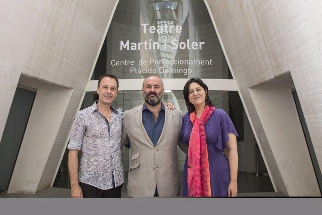 Josep Policarpo, Davide Livermore y la diputada Rosa Pérez Garijo
