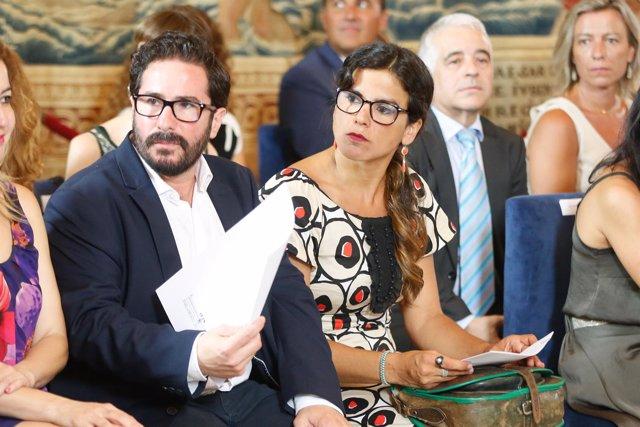 Teresa Rodríguez en el acto institucional por el XXXV aniversario del Parlamento