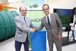 """El presidente aragonés destaca el """"ejemplo de compromiso"""" con el territorio de la empresa Simop"""