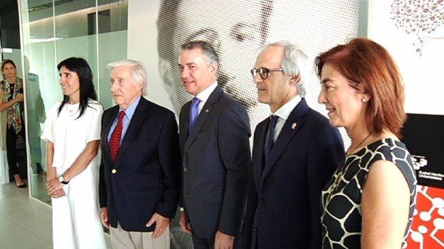 Urkullu inaugura el 'Achucarro basque Center'